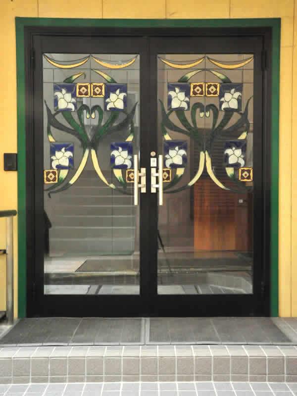教会玄関ドア