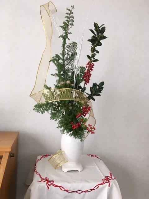 教会・クリスマスの生け花